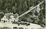 Schon damals eine Attraktion: die 1933 in Betrieb genommene Drahtseilbahn vom Schlattli auf den Stoos. (Bild: Privatarchiv)