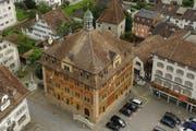 Rathaus in Schwyz (Symbolbild). (Bild: Neue LZ)