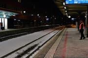 Die Geleise am Bahnhof Baar nach dem Unfall am Sonntagabend. (Bild Werner Schelbert/Neue ZZ)