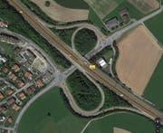Autobahnanschluss Sempach mit den Kreuzungen Honerich (rechts) und dem bereits bestehenden Kreisel Obermühle. (Bild: Maps Google)