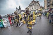 Peramicus auf dem Weg über die Reussbrücke zum Weinmarkt. (Bild: Pius Amrein (Luzern, 8. Februar 2018))