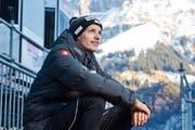 Es hat geklappt: ein sichtlich zufriedener Gregor Deschwanden nach seinem Training gestern in Engelberg. (Bild: Dominik Wunderli / Neue LZ)