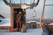 Kurt Mathis bedient mit seinem Sessellift auf dem Haldigrat eine besondere Wintersportnische. (Bild: Domink Wunderli (24. Januar 2018))
