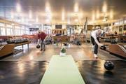 Die Kegelsporthalle Allmend in Luzern: einer der wenigen Orte im Kanton, wo noch rege gekegelt wird. (Bild: Manuela Jans-Koch (Luzern, 18. Januar 2018))