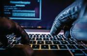 Die Schweiz wird immer wieder von Cyberkriminellen attackiert. (Bild: iStock)