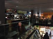 Stromausfall am Mittwochnachmittag im Metalli-Einkaufszentrum. (Bild: Leserreporter Mathias Bienz)