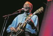 Bis ins hohe Alter blieb Chuck Berry der Bühne treu, hier 2005 in Zürich. (Bild: Keystone)
