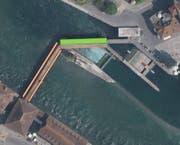 Blick auf die Spreucherbrücke: Dachentmoosung (grün) und doppelte Traufe (orange).