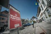 In den Sommermonaten dürfen am Wochenende keine Autos mehr durch die Altstadt fahren. (Bild Dominik Wunderli)