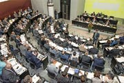 Blick in den Luzerner Kantonsratssaal zu Beginn der neuen Legislatur. (Bild Roger Grütter)