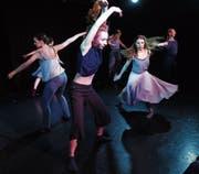 Sorgten mit ihrem Auftritt für Staunen und Rührung: die Tänzerinnen des Tanztheaters Baden. (Bild: Werner Schelbert (Steinhausen, 11. März 2018))