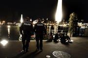 Polizeipatrouille auf dem Europaplatz in Luzern. (Bild: Nadia Schärli/Neue LZ)