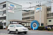 Die Firma Andritz Hydro im Krienser Zentrum. Bis Ende 2016 werden hier bis zu 35 Stellen in der Produktion abgebaut. (Bild Philipp Schmidli)