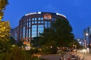 Auf einem Konto der Berliner Volksbank, hier der alte Hauptsitz in Berlin Tiergarten, soll sich ein Teil der Gelder befinden. (Bild: Getty)
