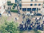 Gewaltbereite FCZ-Chaoten in der Voltastrasse. (Bild: PD)