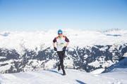 Daniel Lustenberger auf dem Weg zu seinem Sieg. (Bild: Fiona Noever/Swiss Snow Walk & Run)