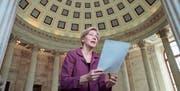 Taktgeberin des Trennbankensystems: US-Senatorin Elizabeth Warren. (Bild: J. Scott Applewhite/Keystone (Washington, 8. Februar 2017))