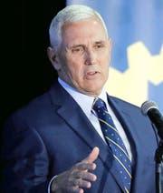 Gouverneur Mike Pence bei einem Auftritt gestern in Indianapolis. (Bild: AP/Darron Cummings)