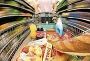 Nahrungsmittel sind in der Schweiz deutlich teurer als in EU-Ländern. (Bild: Philipp Schmidli (9. Juni 2013))