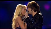 Die Hünenbergerin Chanelle Wyrsch singt im Duett mit Alexander Jahnke in der Liveshow. (Bild: Screenshot Video DSDS / rtl.de)