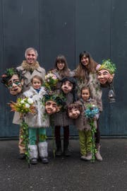 Sie sind die Gewinner in deer Kategorie Familie: Familie Frank-Tobler mit ihren Naturwesen. (Bild: Boris Bürgisser (LZ))