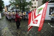 Die Musikgesellschaft Isenthal spielt. (Bild Urs Hanhart)