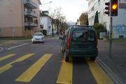 Unfall an der Kreuzung Industriestrasse/Lüssiweg in Zug. (Bild: PD)