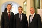 Sie haben die Wiederwahl in den Regierungsrat geschafft: (von links) Reto Wyss, Guido Graf und Robert Küng. (Bild: Ramona Geiger / luzernerzeitung.ch)