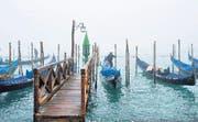 Ein Gondoliere in Venedig: Wohin geht die Fahrt der Region Veneto, die nach Unabhängigkeit von Rom strebt? (Bild: Getty/Marco Secchi)