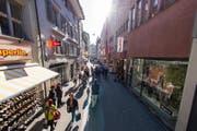 Ein Blick in die Hertensteinstrasse in Luzern. (Bild: Archiv LZ)