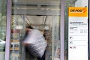 Die Postfiliale Würzenbach soll geschlossen werden. (Bild: Nadia Schärli (Luzern, 29. August 2012))