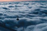 Über dem Nebelmeer: Eine Titlis-Rotair-Gondel. (Bild pd)