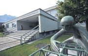 Die Berufsfachschule an der Attinghauserstrasse in Altdorf soll erweitert werden. (Bild Urs Hanhart)