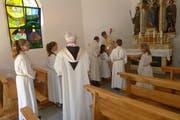 Der restaurierte Altar mit der heiligen Familie und dem Heiligen Wendelin erstrahlt in neuem Glanz. (Bild: PD)