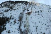 Rot eingezeichnet ist die Stelle, wo sich am 24. Februar 2012 am Stanserhorn die Lawine gelöst hatte. Es ist das Gebiet Bluematt/Chalcherli. (Bild Kantonspolizei Nidwalden)