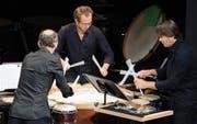 Christian Pilz, Mark Haeldermans und Hans Zonderop trommelten in Stans virtuos zusammen. (Bild: PD/Sibylle Kathriner)