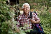 Franz Häfliger (79) zieht es täglich hinaus in die Natur – unser Bild zeigt ihn in seinem Garten in Willisau. (Bild Corinne Glanzmann)