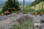 Murgänge haben die Strecke der Zentralbahn zwischen Giswil und Kaiserstuhl verschüttet. (Bild: Robert Hess)