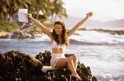 Kate Beckinsale macht eine echt gute Figur in diesem Bikini – blöd nur, dass dieser zu Zeiten von Pearl Harbor noch gar nicht erfunden war. (Bild: Imago)
