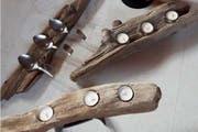 Geschnitzt: Kerzenständer aus Treibholz. (Bild: Leserbild)