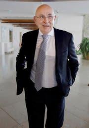 Michael van Praag, Präsident des holländischen Fussballverbandes. (Bild: AP/Thanassis Stavrakis)