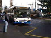 Die Buslinie verbindet die Haltestelle Matt mit dem Bahnhof Hergiswil. (Bild Kurt Liembd)