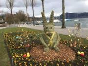 Kreative Bepflanzung am Carl-Spitteler-Quai in Luzern: Der von der Stadtgärtnerei gestaltete Osterhase. (Bild: pd)