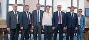 So präsentiert sich die Nidwaldner Regierung (von links): Joe Christen (neu), Josef Niederberger, Othmar Filliger, Michele Blöchliger (neu), Alfred Bossard, Res Schmid und Karin Kayser. (Bild: Corinne Glanzmann (Stans, 4. März 2018))