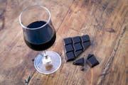 Während der Fastenzeit streichen viele Leute Genussmittel wie Alkohol und Schokolade vom Speiseplan. (Bild: Getty)