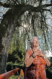 Freitodbegleiterin Ruth Erni am Rotsee. (Bild Nadia Schärli)