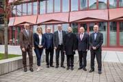 Dies ist der neu zusammengesetzte Weidli-Stiftungsrat: Peter Meyer (v.l.), Brigitta Stocker, Vizepräsident Thomas Hochreutener, Präsident Karl Tschopp, Walter Brand, René Jacomet und Urs Frank. (Bild: PD/Edi Ettlin)