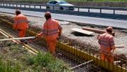 Die Autobahn A4 zwischen Küssnacht und Brunnen erhält einen neuen Belag. (Symbolbild Keystone)