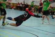 Obwohl es zwölf Sporthallen gibt, können Vereine wie der H Emmen nur eine davon auch benutzen. Im Bild ein Heimspiel (1. Liga) zwischen Emmen und dem HV Olten. (Archivbild / LZ)