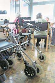 Wer in Alters- und Pflegeheimen künftig das Verbrauchsmaterial bezahlt, ist unklar. (Symbolbild: Ralph Ribi/SGT)